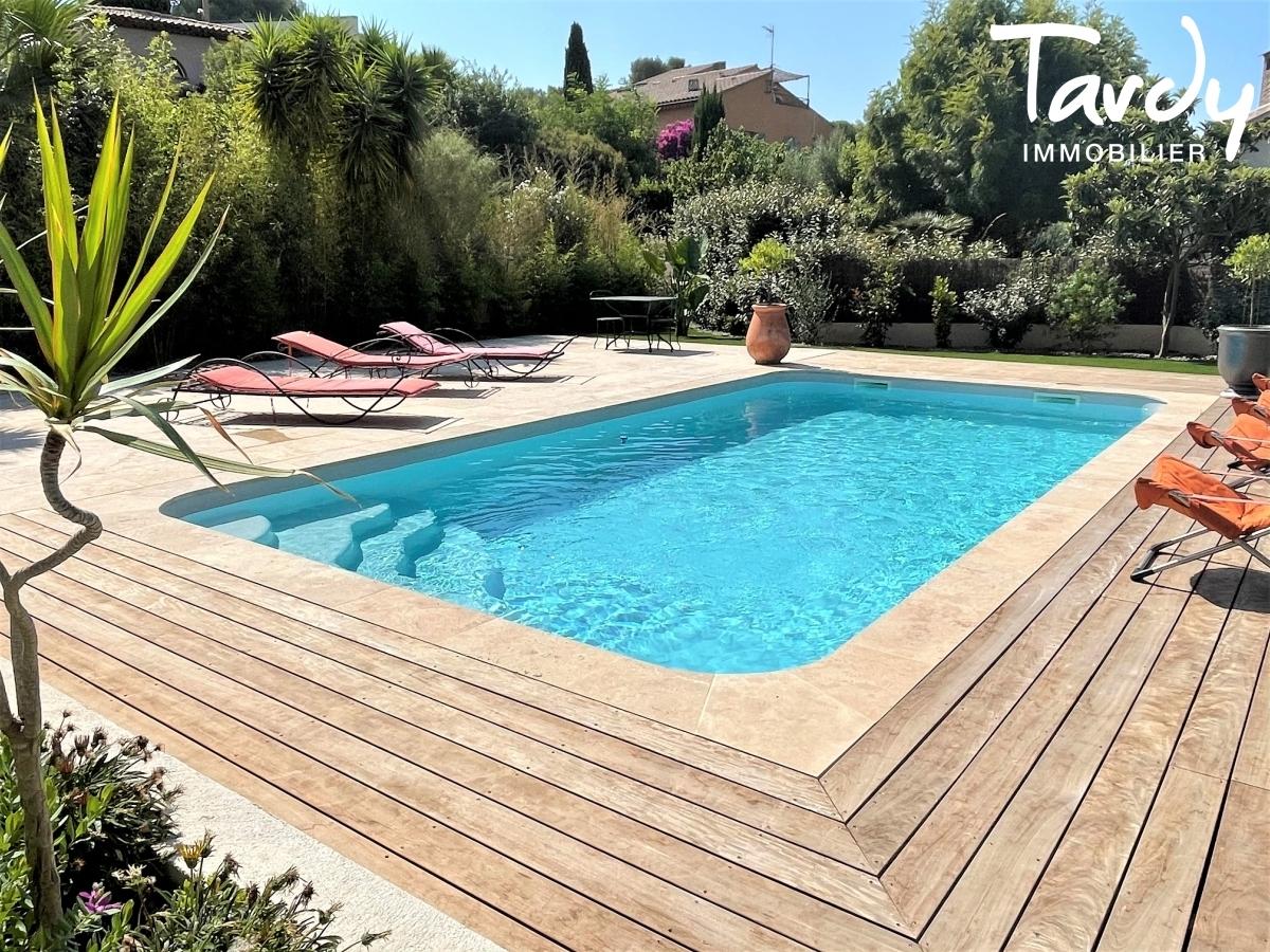 Belle maison à 50 mètres de la mer - Le Pradon 83320 CARQUEIRANNE - Carqueiranne - Piscine
