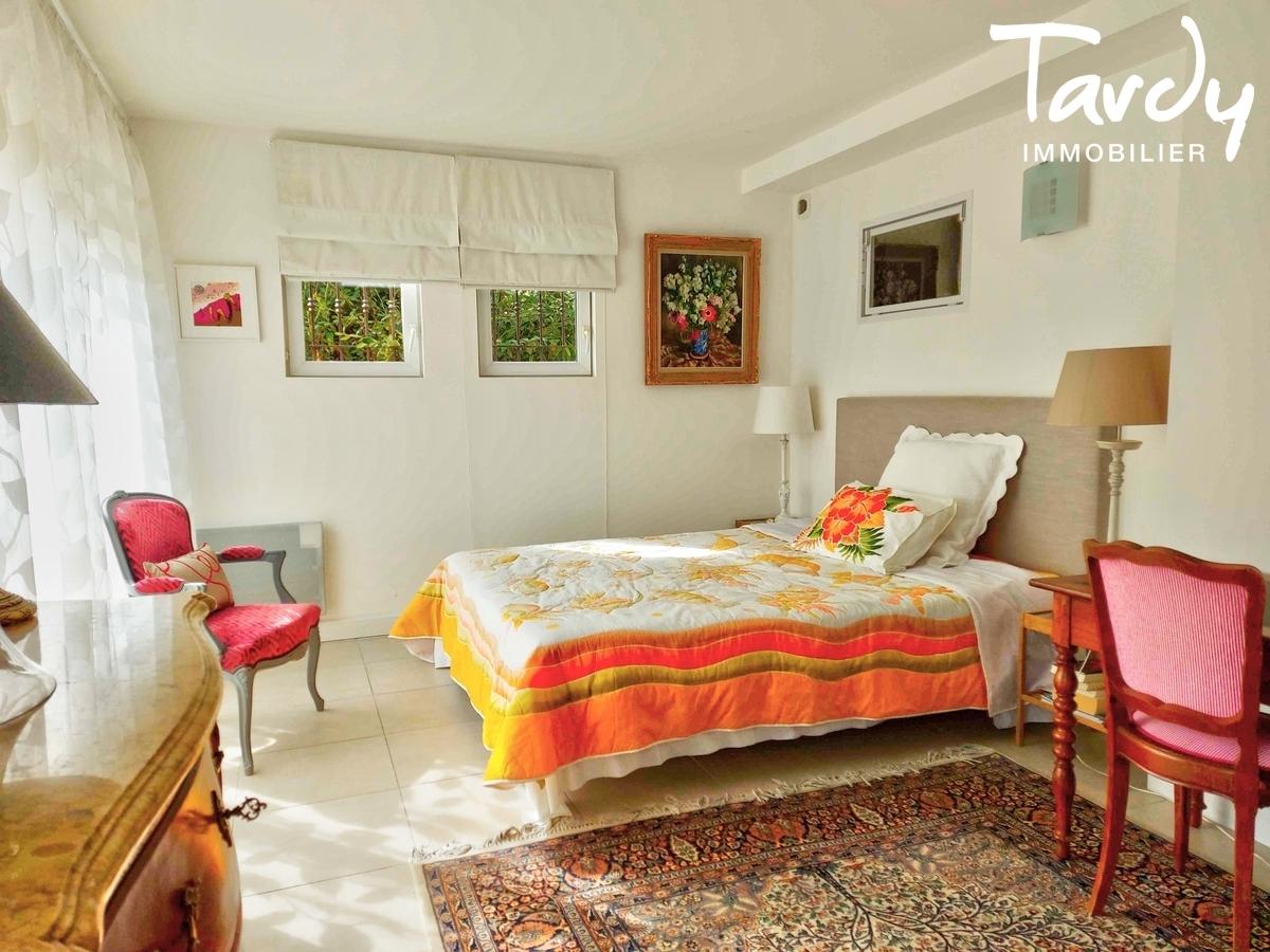 Villa avec piscine - vue panoramique - 84360 PUGET/DURANCE - Lourmarin