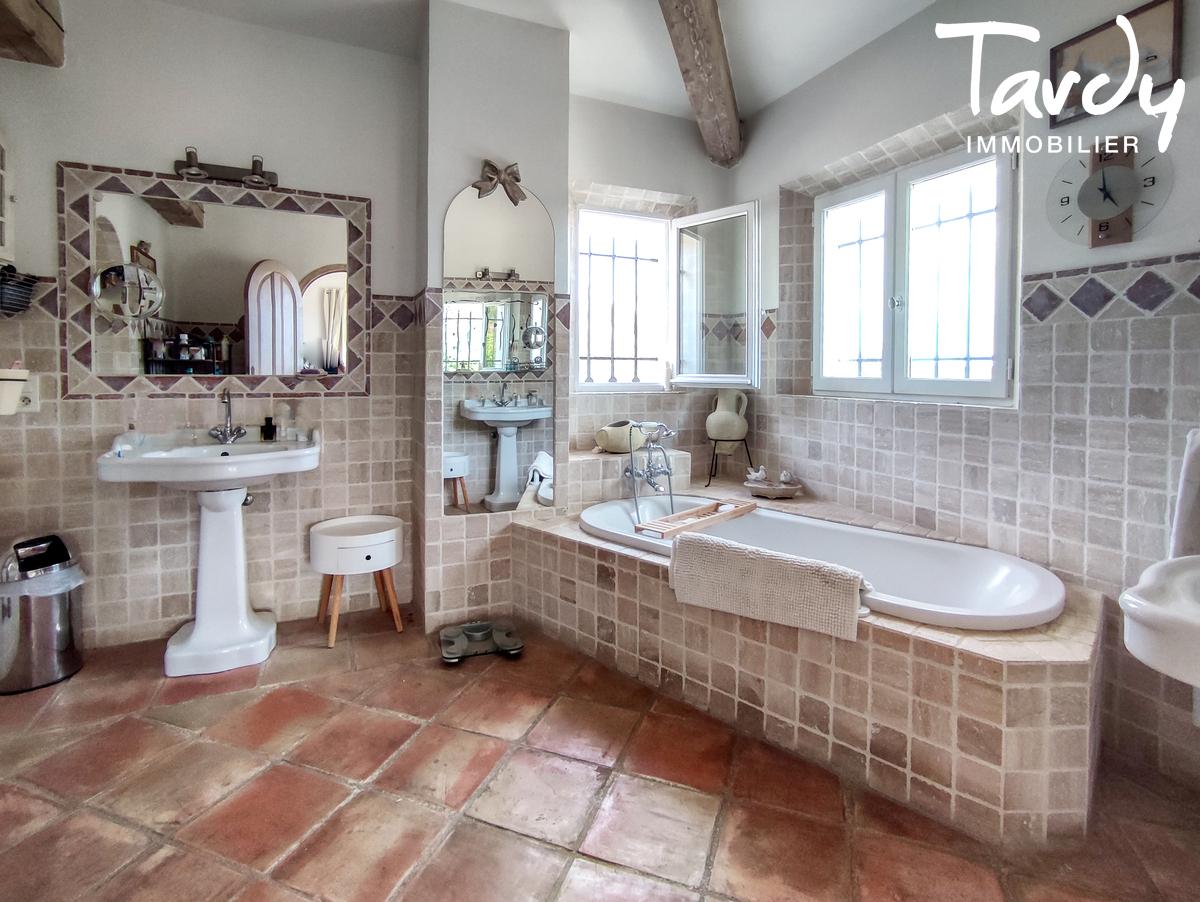 Villa avec piscine au calme - 83310- GRIMAUD - Grimaud - grimaud real estate tardy