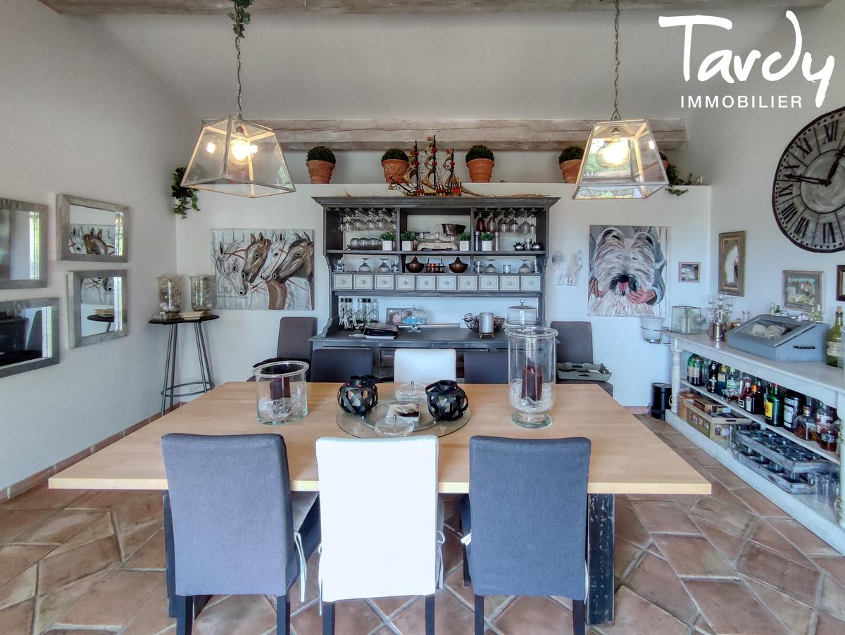 Villa avec piscine au calme - 83310- GRIMAUD - Grimaud - tardy immobilier golfe de st tropez