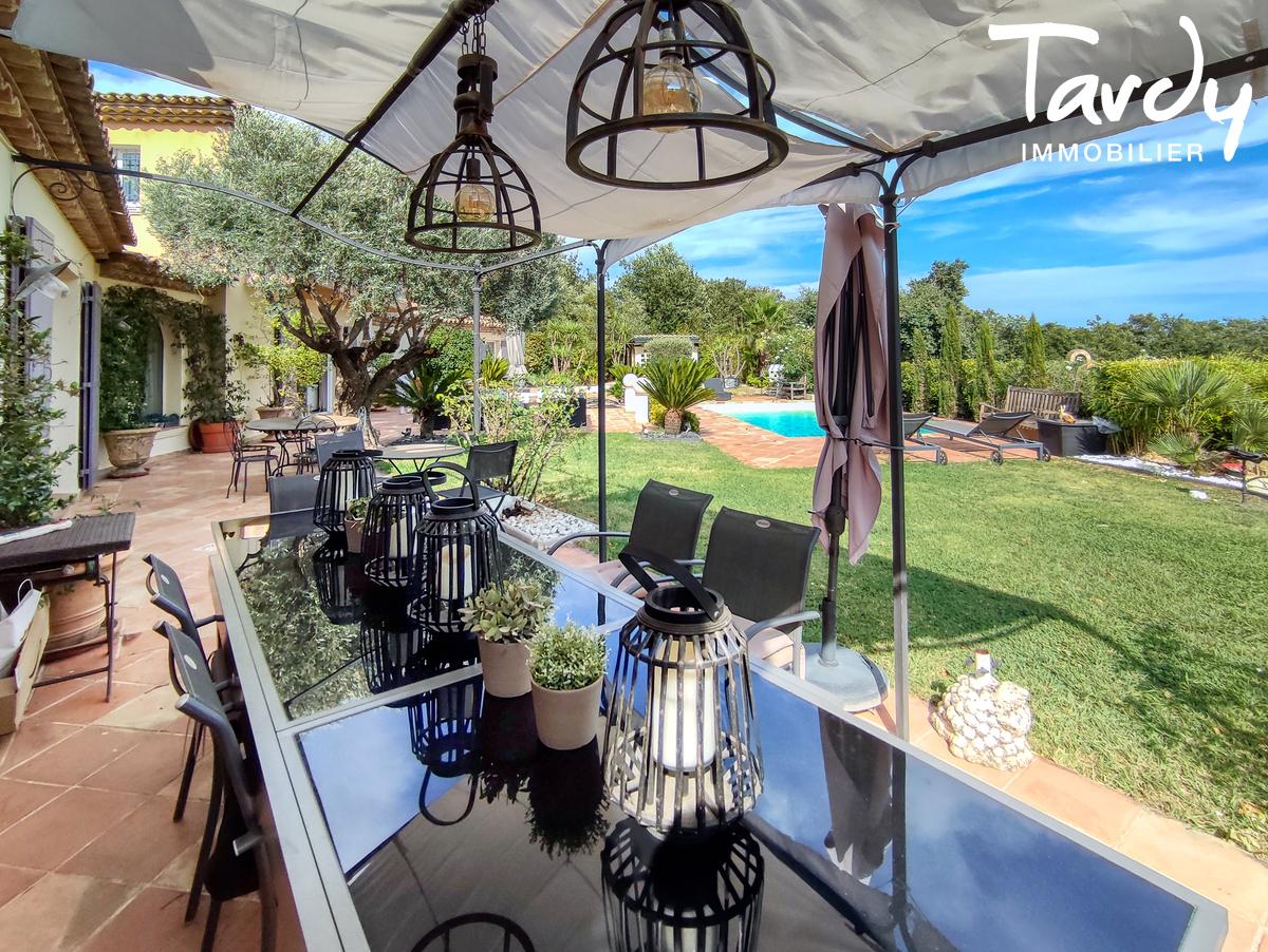 Villa avec piscine au calme - 83310- GRIMAUD - Grimaud - luxury real estate tardy saint tropez