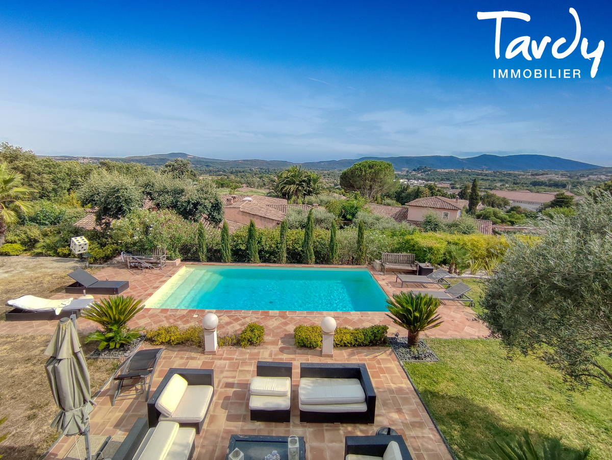 Villa sur 8860 m² - 83310 - GRIMAUD - Grimaud