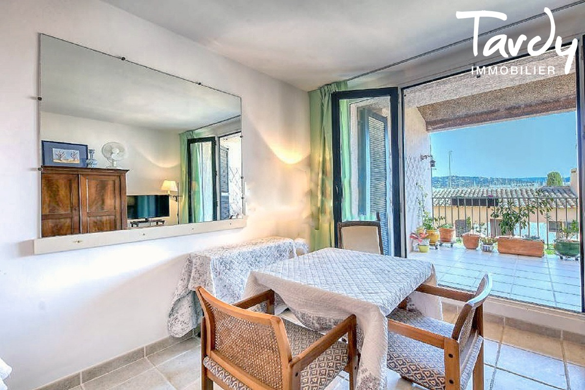 Studio proche Saint-Tropez - 83310 LES MARINES DE COGOLIN - Marines de Cogolin - Wohnung mit Meerblick zu verkaufen