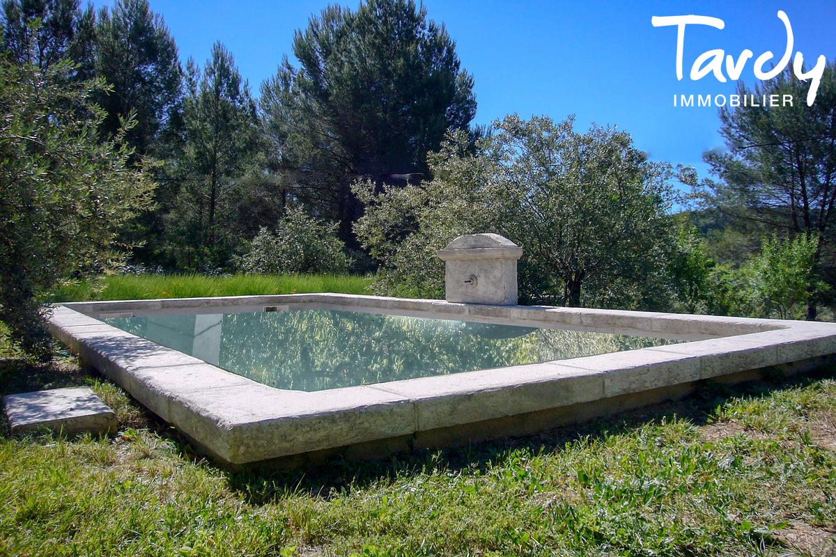 Propriété de 3 villas indépendantes - 83300 - DRAGUIGNAN  - Draguignan - Grande propriété à vendre en Provence
