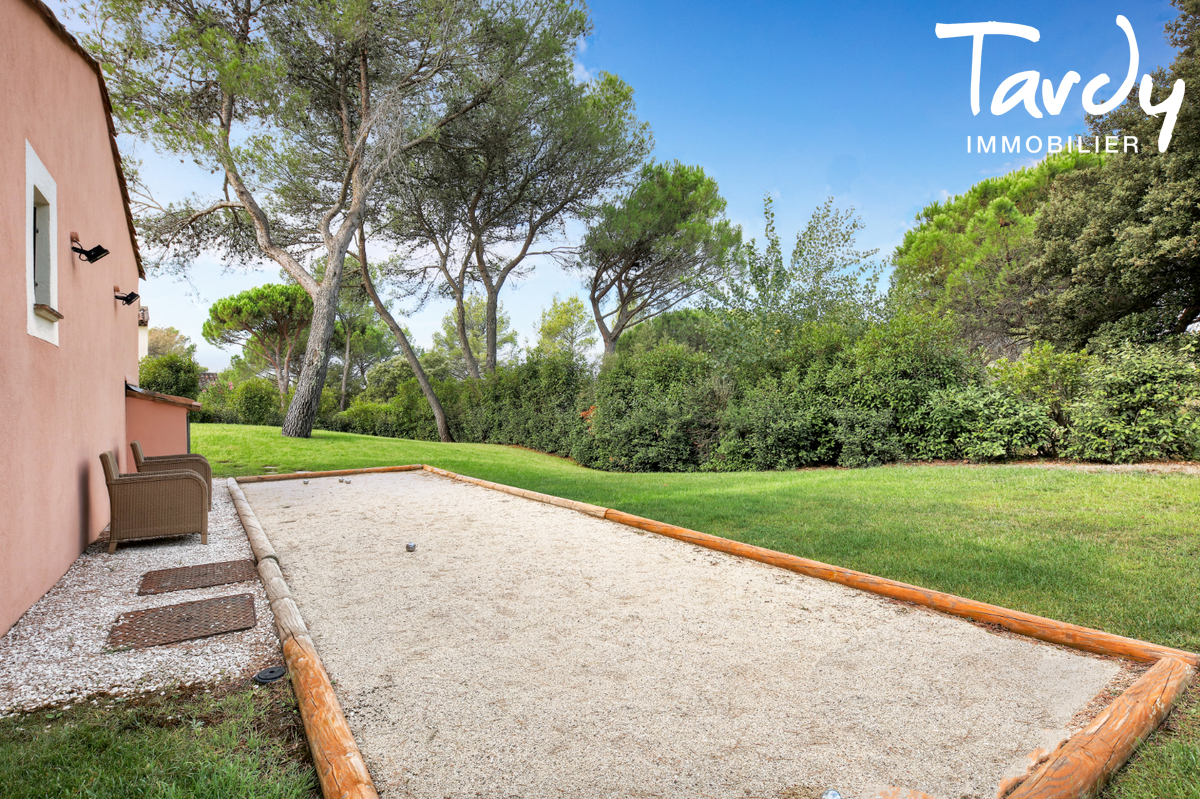 Maison dans domaine de Golf sécurisé  - 83920 - LA MOTTE - La Motte - Charles Tardy Immobilier Saint Tropez