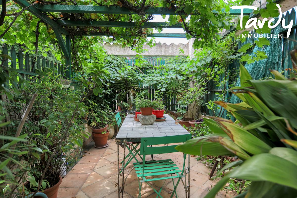 Ferme en pierre avec jardin - proche Saint-Tropez - 83310 COGOLIN - Cogolin - Außergewöhnliche Immobilien Côte d'Azur