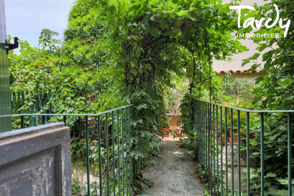 Ferme en pierre avec jardin - proche Saint-Tropez - 83310 COGOLIN - Cogolin - Exceptional property for sale