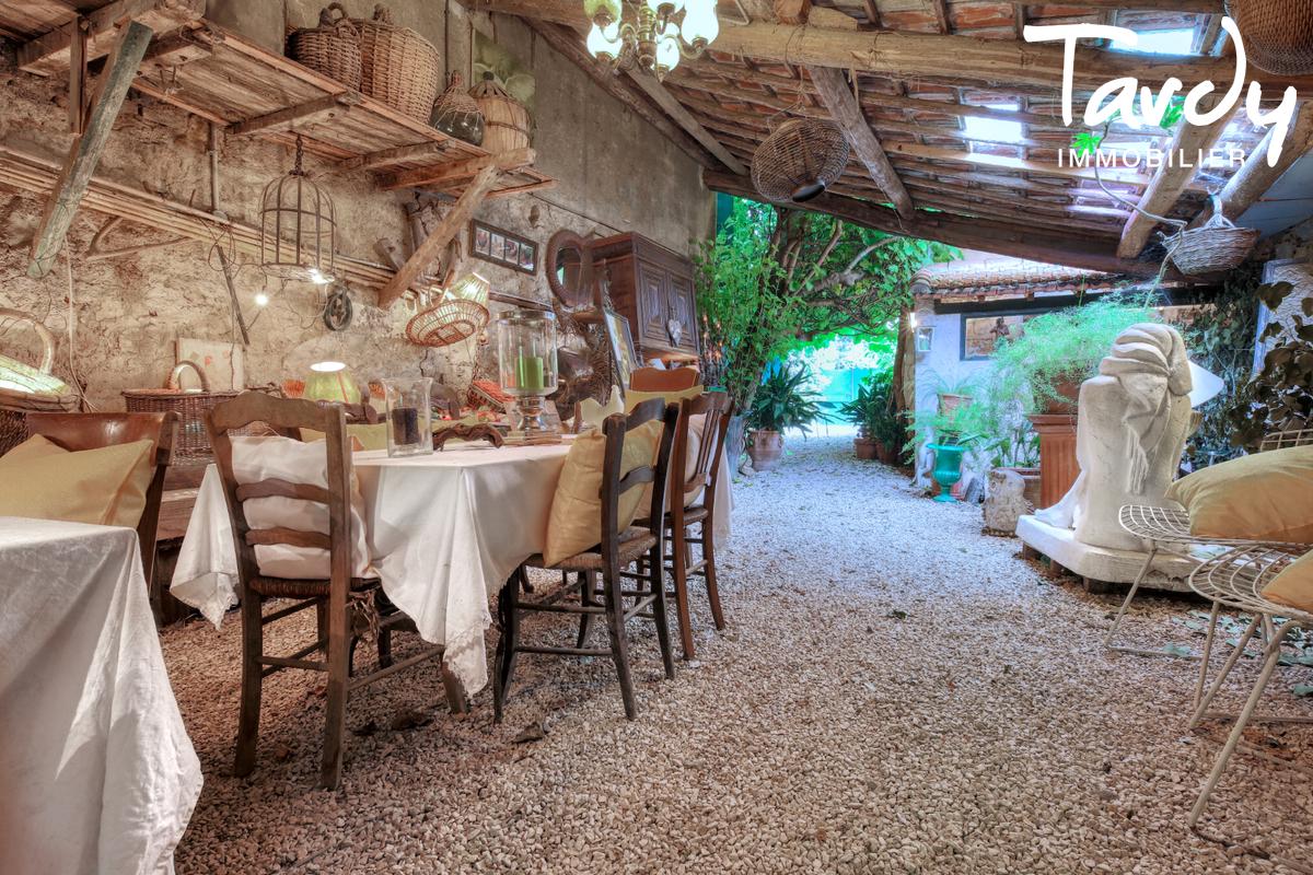 Ferme en pierre avec jardin - proche Saint-Tropez - 83310 COGOLIN - Cogolin - Immobilien Saint Tropez
