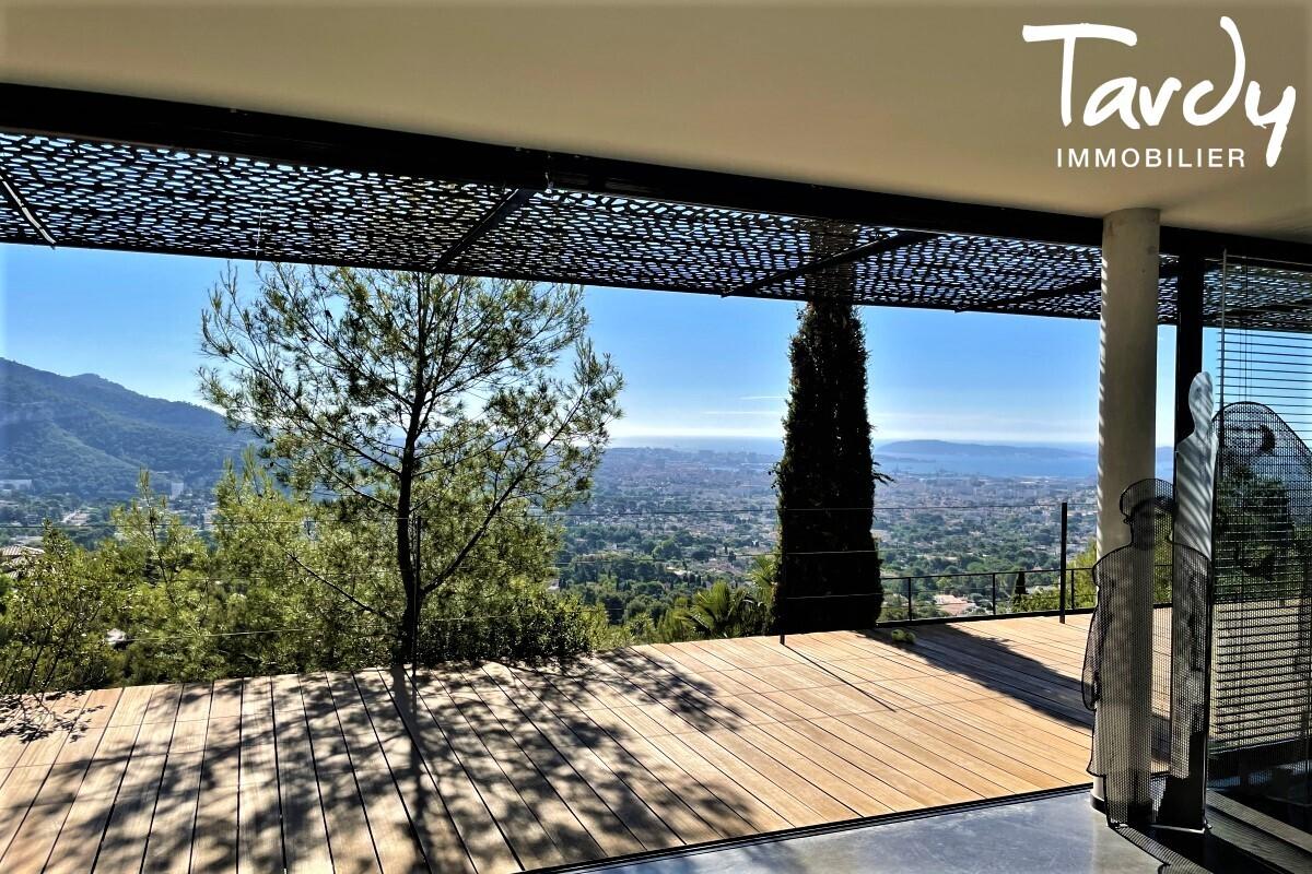 Contemporaine d'architecte vue mer - Le Baou - 83200 TOULON - Toulon - Vue mer et rade de Toulon