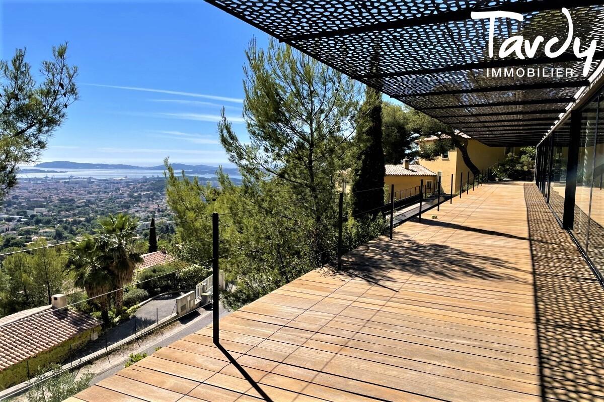 Contemporaine d'architecte vue mer - Le Baou - 83200 TOULON - Toulon