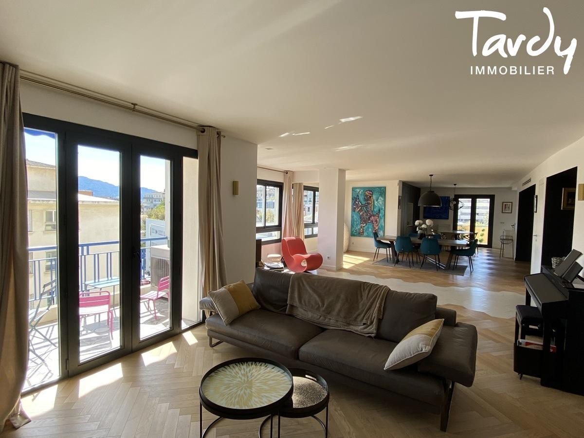 Appartement familial rénové - Carré d'or 13008 MARSEILLE - Marseille 8ème - carré d'or