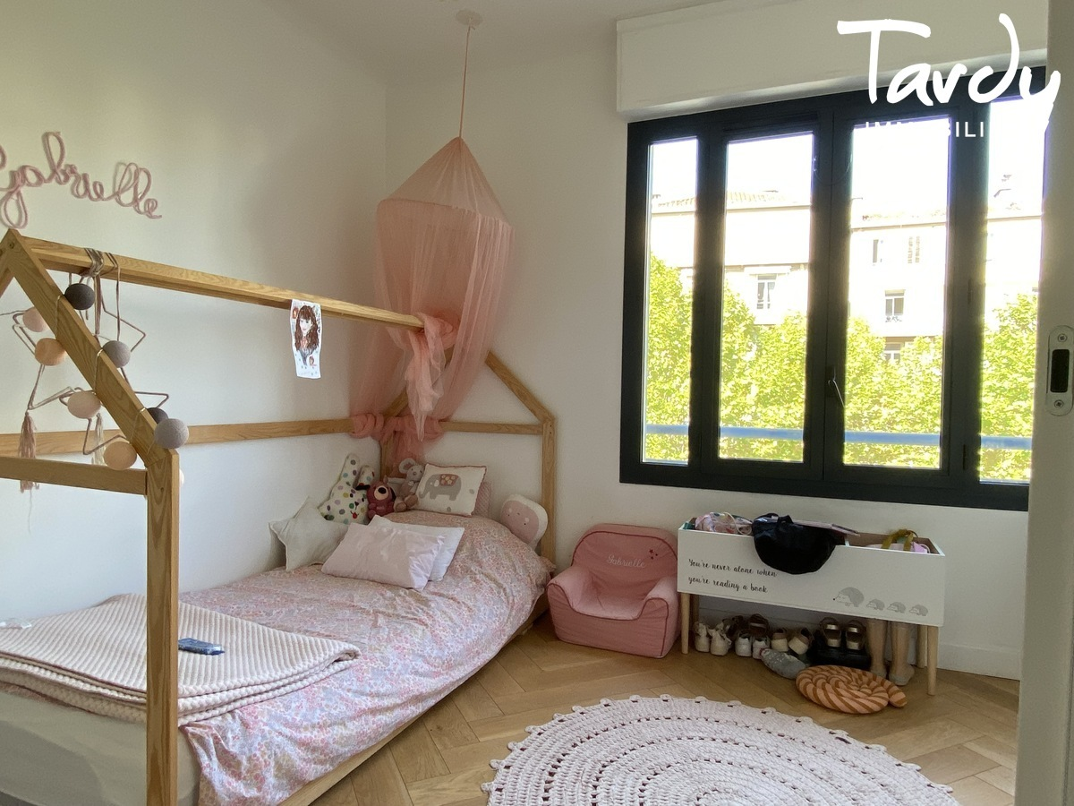 Appartement familial rénové - Carré d'or 13008 MARSEILLE - Marseille 8ème - 13008 tardy immo carré d'or