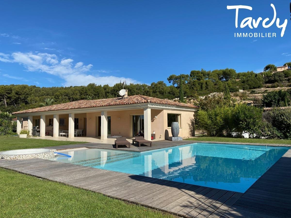 Villa de plain-pied, proche Golf de la Frégate et calanque Port d'Alon - 83740 LA CADIERE D'AZUR - La Cadière-d'Azur - CAMPAGNE-LA CADIERE D'AZUR