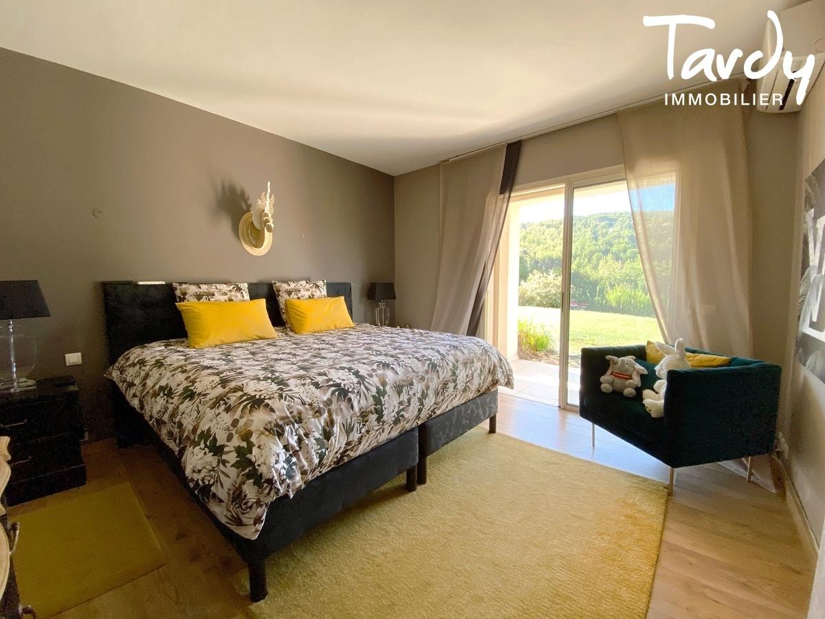 Villa de plain-pied, proche Golf de la Frégate et calanque Port d'Alon - 83740 LA CADIERE D'AZUR - La Cadière-d'Azur - PROCHE BANDOL