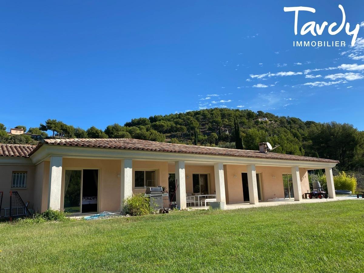 Villa de plain-pied, proche Golf de la Frégate et calanque Port d'Alon - 83740 LA CADIERE D'AZUR - La Cadière-d'Azur - PROCHE MER