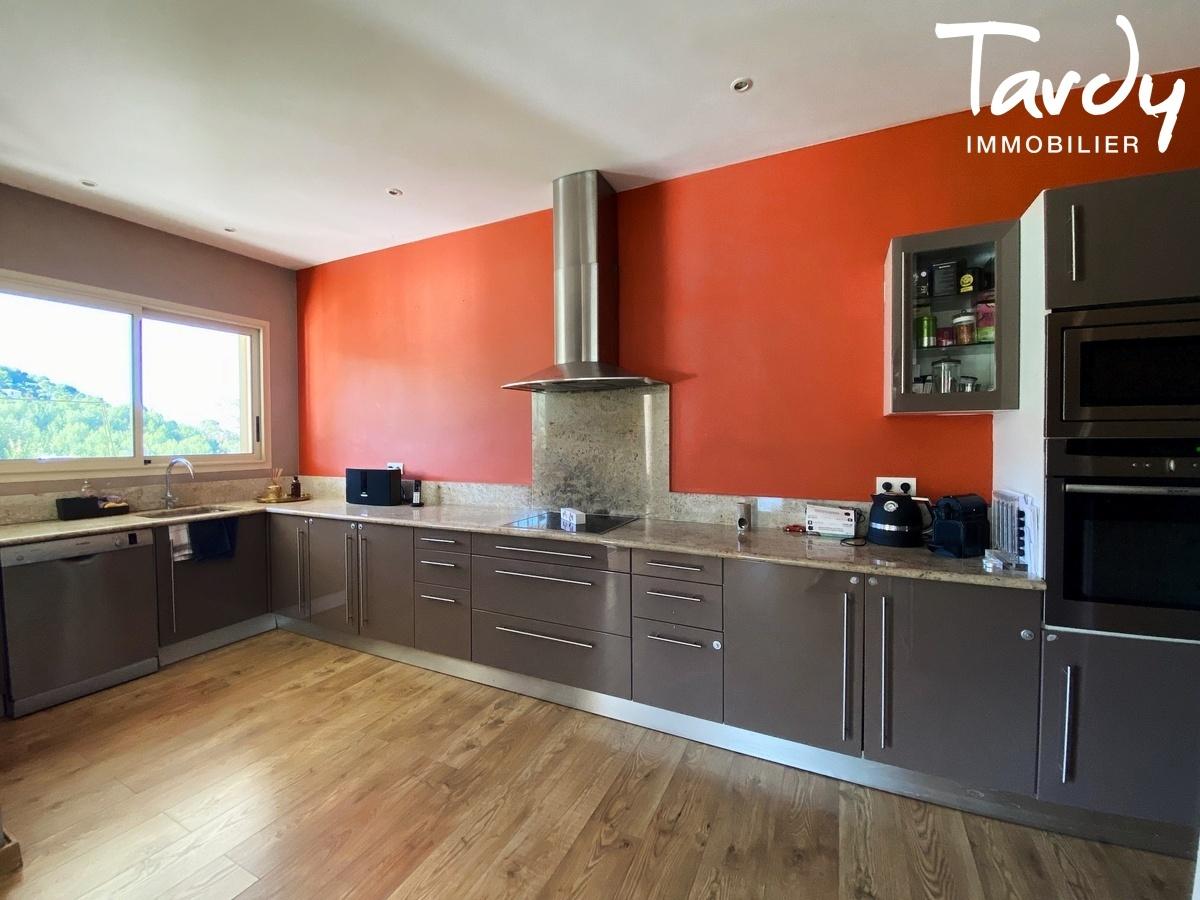 Villa de plain-pied, proche Golf de la Frégate et calanque Port d'Alon - 83740 LA CADIERE D'AZUR - La Cadière-d'Azur - 83740 LA CADIERE D'AZUR
