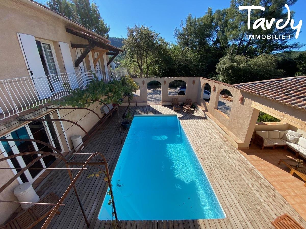 Villa 7 chambres, campagne Provençale  - 83330 EVENOS - Évenos - PATTE BLANCHE